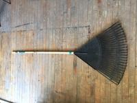 Plastic Leaf Rake