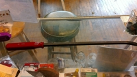 "24"" Screwdriver Type Pry Bar"