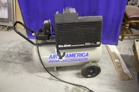 Air Compressor: 20 gal, 5 hp