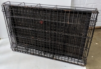 Folding dog transport crate