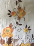 Tablecloth - Cloth (Vintage Floral with 13 Matching Cloth Napkins)