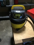 1 Gallon Stanely Wet-Dry Vac