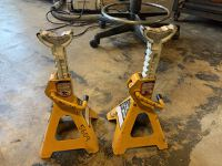 2-Ton Jack Stands