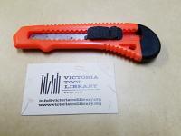 Utility knife, locking