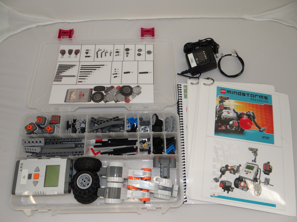 UT Dallas Contact Science Lending Library: LEGO Mindstorms