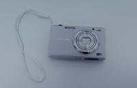 Kompaktní fotoaparát / Compact camera