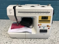 Zigzag electrical Sewing Machine
