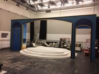 Independent proscenium arch