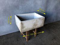 Wash house/belfast sink