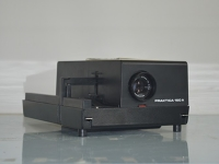 diaprojektor / slide projector