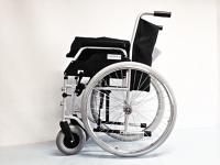 invalidski voziček / wheelchair