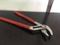 klešče papagajke / pump pliers