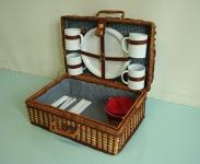 košara za piknik / picnic basket