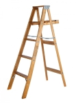 6' Step Ladder (300# Wood)