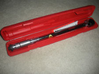"1/2"" TORQUE WRENCH 150 Ft Lb."