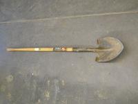 Spade - Wood handle
