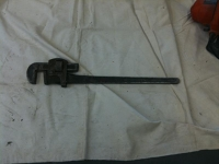 Pipe wrench - large