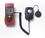 Handheld light meter