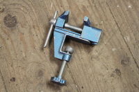 Small table vice