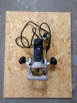Small Plunge Router