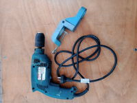 Drill Makita with clamp