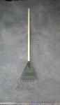 8 inch plastic scrub rake
