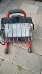 Portable electric construction light