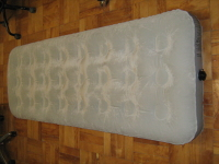Matelas gonflable 70 x 190 cm