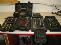Coffre d'outils de 104 morceaux