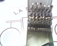 Jeu de 29 forets à métal dans un boîtier