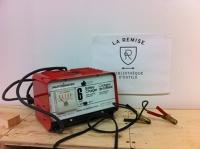 Chargeur de batterie 6V ou 12V - 6A