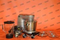 Küchenmaschine mit integrierter Waage