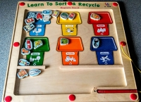 Learn to Sort and Recycle Magnetic Game