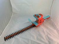 "Black & Decker - 16"" Hedge trimmer"