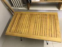 Table d'extérieur en bois