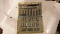 21 pc bit and socket set