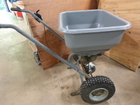 Lawn Spreader (Large)