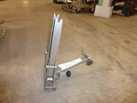 Bike wheel truing tool