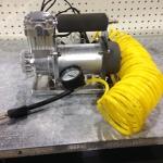 Air Compressor 12 volt IN BLACK BAG