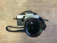 Analogová zrcadlovka Praktica MTL 5 + objektiv 80 - 200 mm f4 / Analog camera Praktica + lens