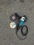 Úhlová bruska (flexa) / Angle grinder