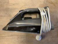 Parní žehlička / Steam iron