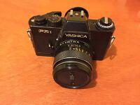 Analogová zrcadlovka Yashica FR1 + pevný objektiv 50 mm f1.9 / Analog camera Yashica + fixed lens