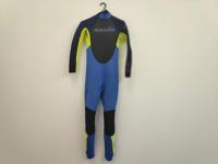 Childrens Unisex age 8-10 wetsuit