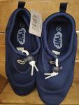 Kids wet shoes size 1