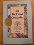 The Backyard Orchardist / Stella Otto