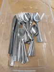 8 person place setting Cutlery Set