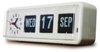 *Automatic Calendar with Clock