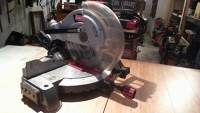 Compound mitre saw (10 in.)