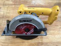 """Dewalt 6-1/2"""" cordless circular saw"""